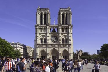 تور فرانسه و اسپانیا - تور پاریس, بارسلون