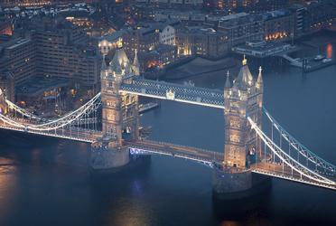 گشت یک روزه لندن + موزه و پل متحرک لندن